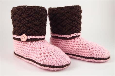 1000 images about socks and slippers on pinterest celtic dream crochet slippers allfreecrochet com