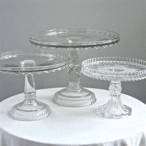 Cake Stands For Wedding Cakes by Discount Wedding Cake Stands Wedding And Bridal Inspiration
