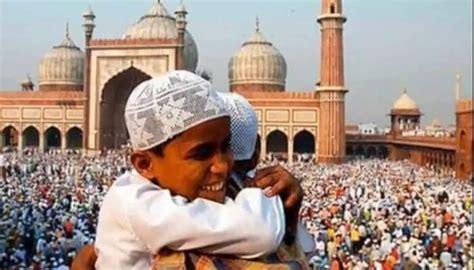 top  festivals   celebrated   grand scale  india
