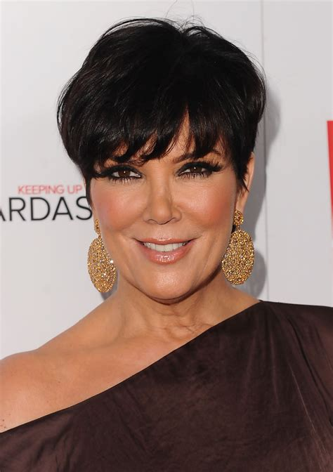 how to cut kris jenners hairdo more pics of kris jenner short straight cut 7 of 14