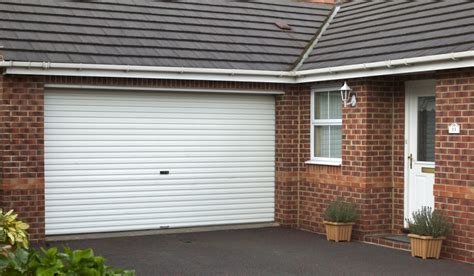 Gliderol Manual Single Skin Roller Garage Door Uk Made by Gliderol Manual Single Skin Roller Garage Door Uk Made