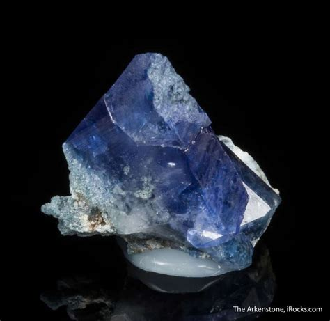 benitoite for sale 76 best benitoite images on crystals