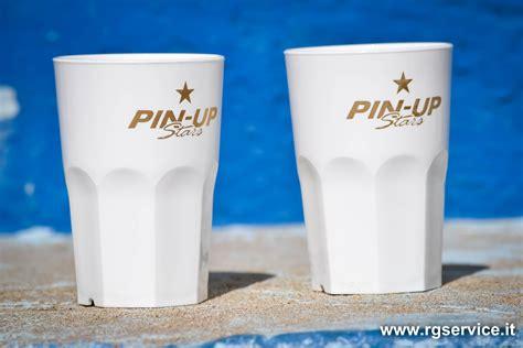 produttori bicchieri plastica produzione bicchieri personalizzati in policarbonato r g