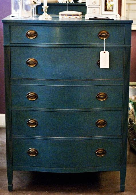 Painting Dresser by Best 20 Chalk Paint Furniture Ideas On Chalk