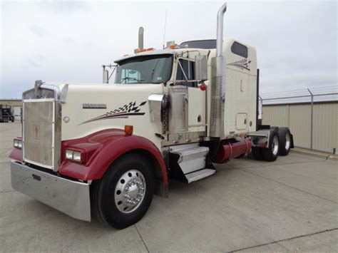 Kenworth Sleeper Mattress by 2000 Kenworth W900l Conventional Trucks For Sale 53 Used Trucks From 29 950