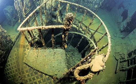 best wreck dives in the world the top ten best wreck dives in the world