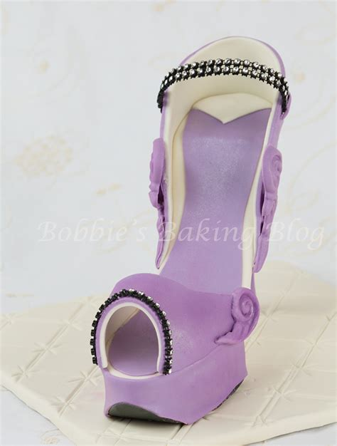 purple fondant high heel shoe bobbies baking