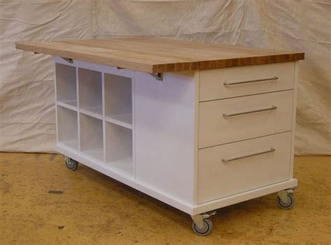 mobile kitchen island uk the 25 best portable kitchen island ideas on