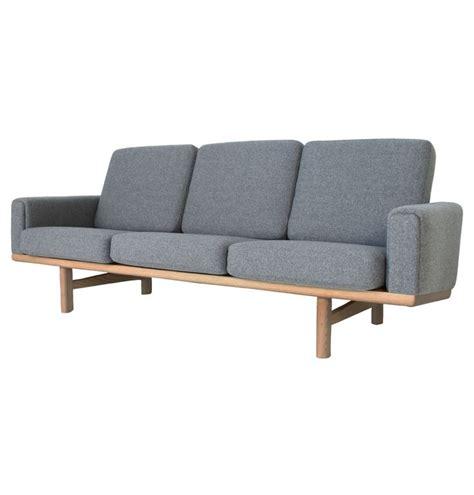 madrid sofa bed matt blatt the matt blatt replica hans wegner 236 3 seater sofa ash