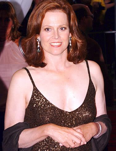 alice quest eve sigourney weaver sa grande taille a nui 224 sa carri 232 re