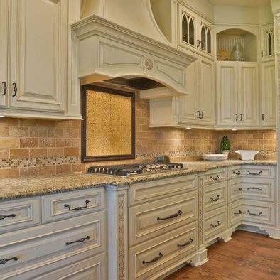 glazed cabinets kitchen pinterest these cabinets antique ivory with mocha glaze kitchen