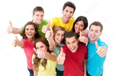 imagenes alegres de amigos felices alegres amigos animando foto de stock