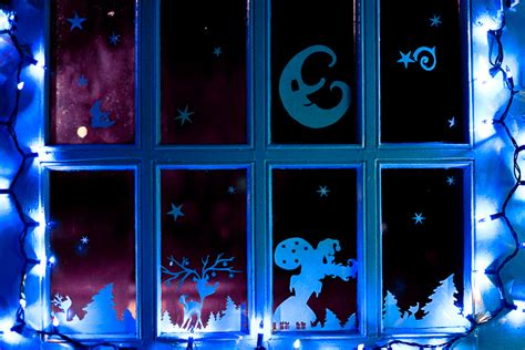 lighted window decorations 28 images 100 lighted