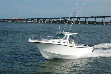 True World true world marine te289 outboard the hull