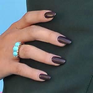 Selena gomez s nail polish amp nail art steal her style