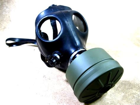 gas mask 8 things you should before buying a gas mask
