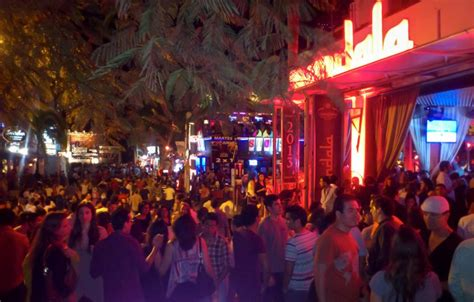 Top Clubs And Bars by The Best Bars And Clubs Around Playa