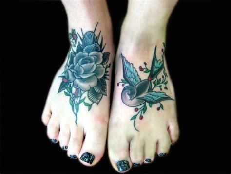 imagenes de tatuajes de nombres en el pie ideas de tatuajes para mujeres