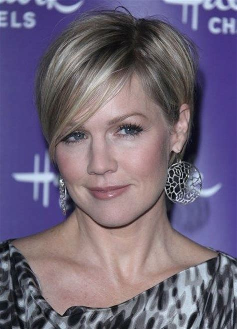 short hairstyles for 62 and over 62 best short hair over 60 images on pinterest short