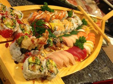 sushi on a boat hawaiian roll picture of izakaya shogun japanese sushi