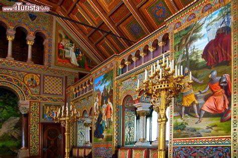 di neuschwanstein interno interno di hohenschwangau gli affreschi