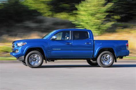 rugged toyota tacoma midsize pickup returns