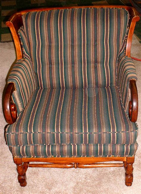Furniture Reupholstery by Furniture Reupholstery