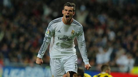 gareth bale i want to help real madrid win six trophies next manchester united target gareth bale signs new real madrid