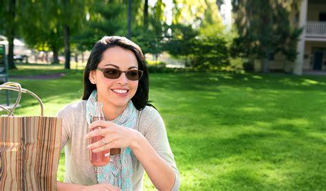 kelebihan film mika jual lensa kacamata berubah warna lensa kacamata