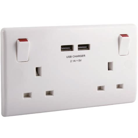 Soket Socket Usb Type A 4 2 switched 13a socket with type a 2 1a usb sockets
