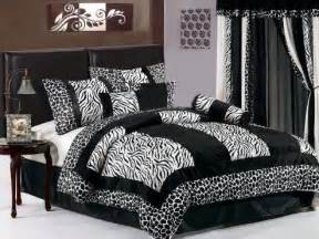 animal print bedrooms zebra print bedspreads inexpensive way to redecorate any bedroom