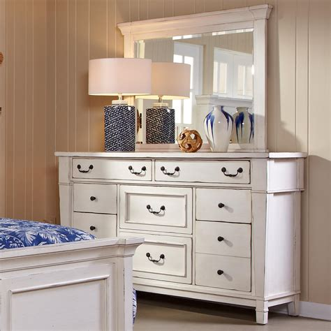 small bedroom dressers dressers for small bedrooms 28 images dresser for