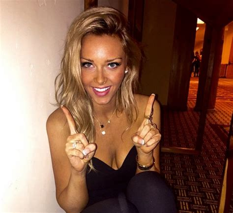 camille kostek rob gronkowski s cheerleader girlfriend check out these beautiful nfl wives and girlfriends