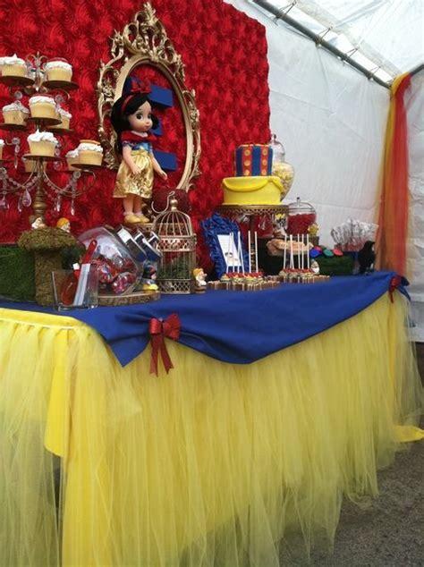 Dr Seuss Centerpieces Southern Blue Celebrations Snow White Party Ideas