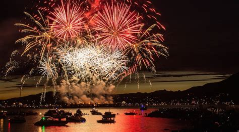 celebrations lights 8 best places to the honda celebration of light