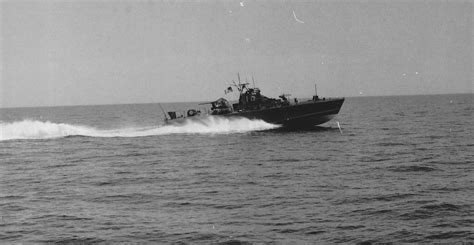 how to build a boat memoir a mk2 pbr patrol boat river class moving at top speed on step