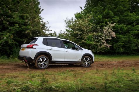 peugeot compact 2016 peugeot 2008 compact suv gt line gallery