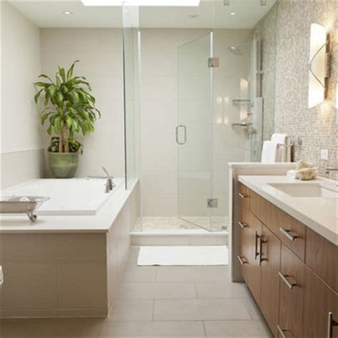 like the rectangle tiles on floor bathroom design