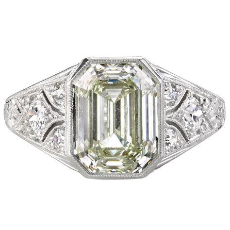 3 06 carat emerald cut platinum engagement ring at