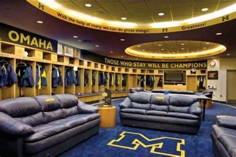 Of Michigan Rooms michigan baseball locker room go blue of