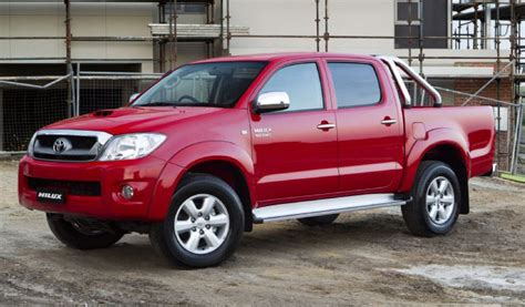 2010 Toyota Reviews by 2010 Toyota Hilux Review