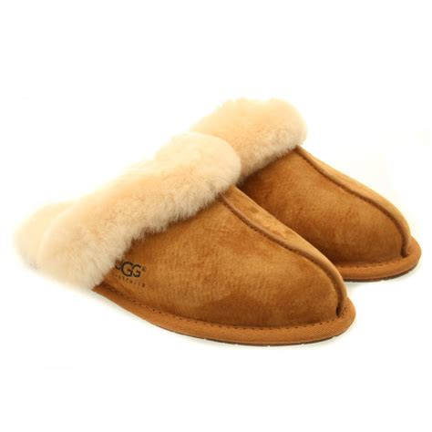 uggs slippers for buy ugg 174 womens chestnut scuffette ii slippers at hurleys