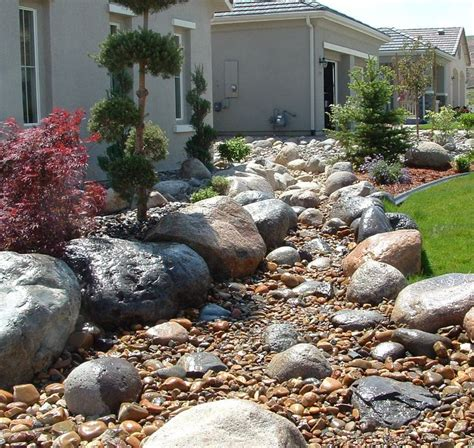 dry river bed landscaping dry creek bed landscaping garden dry streams pinterest