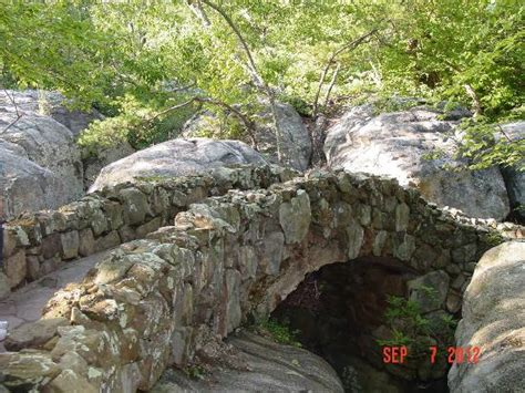 Rock City Gardens Rock Path Picture Of Rock City Gardens Lookout Mountain Tripadvisor