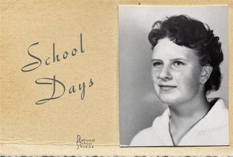 1950 teenage hairstyle 50 s teen girl s hairstyle