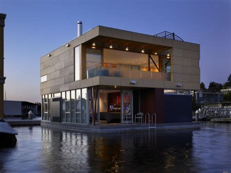 Ultra Modern Lake Union House Boat For 3 45 Million