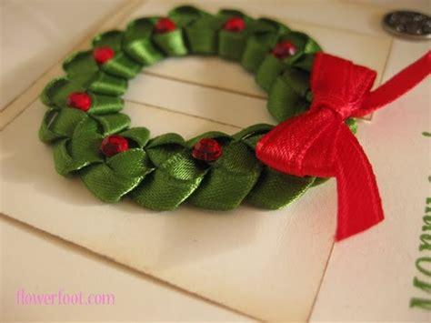how to make christmas ribbon sculpture i like big bows ribbon wreath tutorial