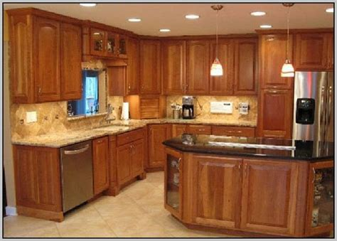 kitchens with light maple cabinets kitchen colors with light maple cabinets painting