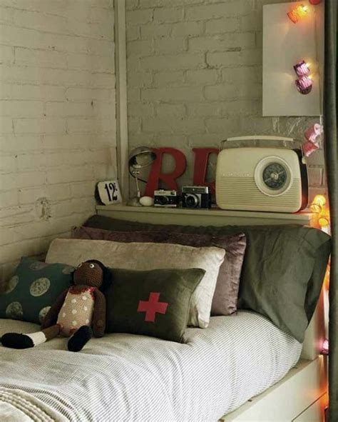 retro bedroom vintage bedroom decoration ideas with radio