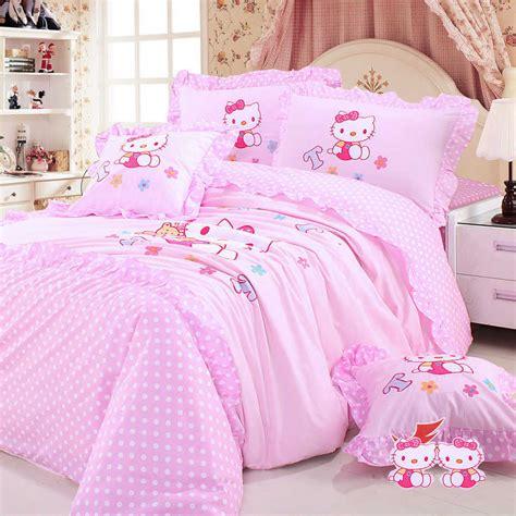 Piring Set Anak Hellokitty desain kamar tidur hello untuk anak perempuan